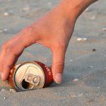 beach_clean_hand