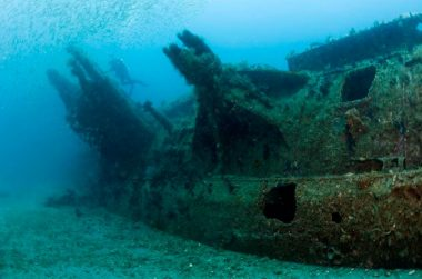 submarine_shipwreck